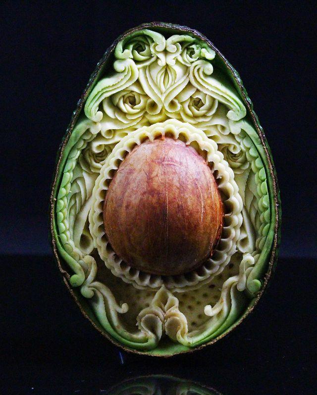 Изысканные резные авокадо от Даниэля Баррези