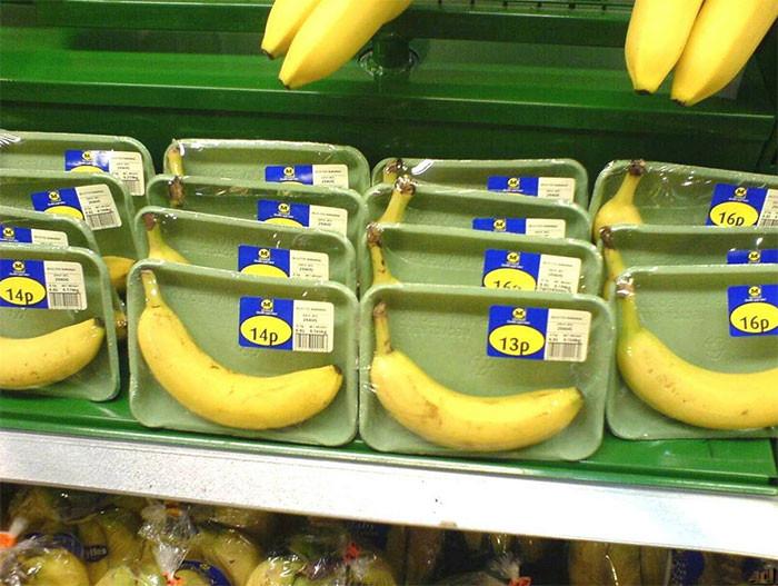 Излишняя упаковка продуктов, заставляющая засомневаться в адекватности производителей