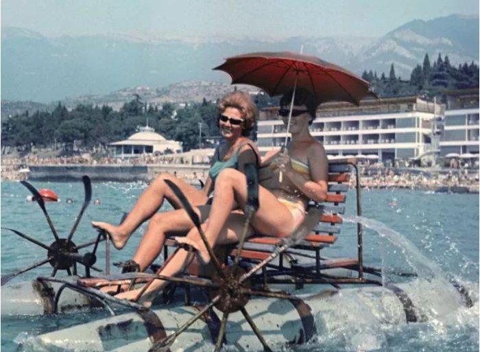 Как отдыхал народ на курортах времен СССР