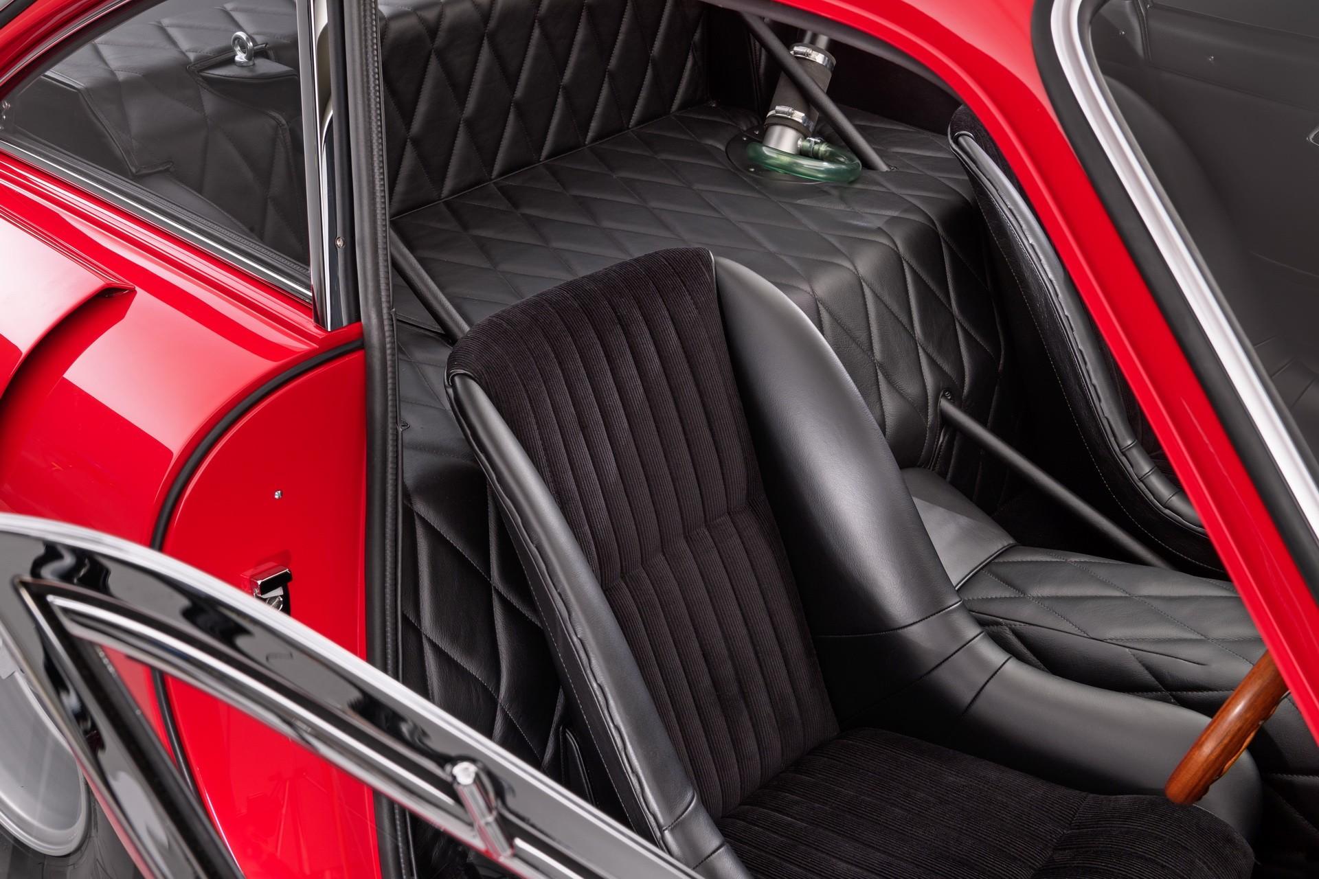 Впечатляющая реплика купе Ferrari 330 LMB