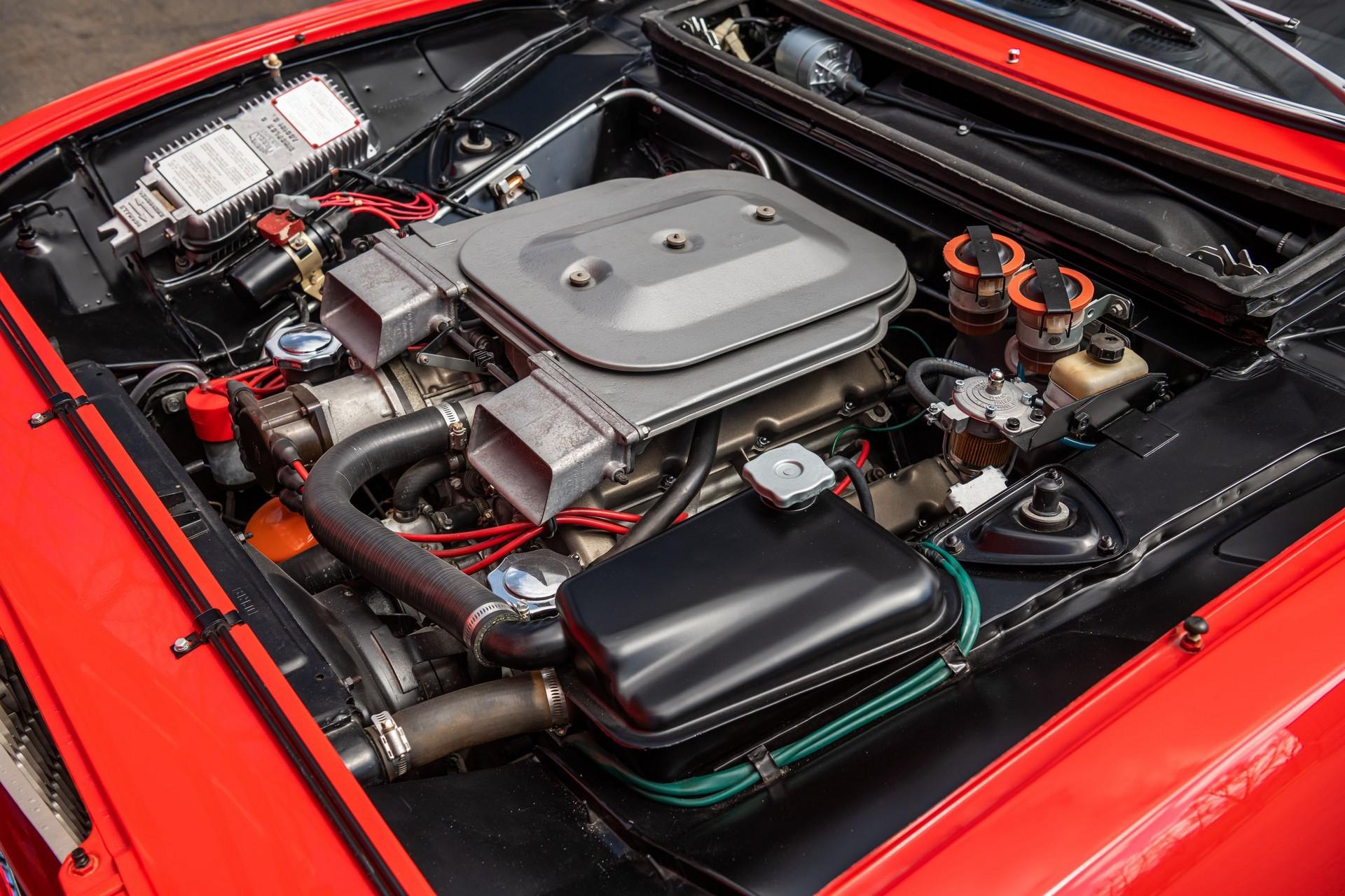 Отреставрированный Fiat Dino Coupe 1967 от Bertone