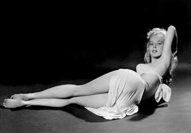 Яркие черно-белые архивные фотографии