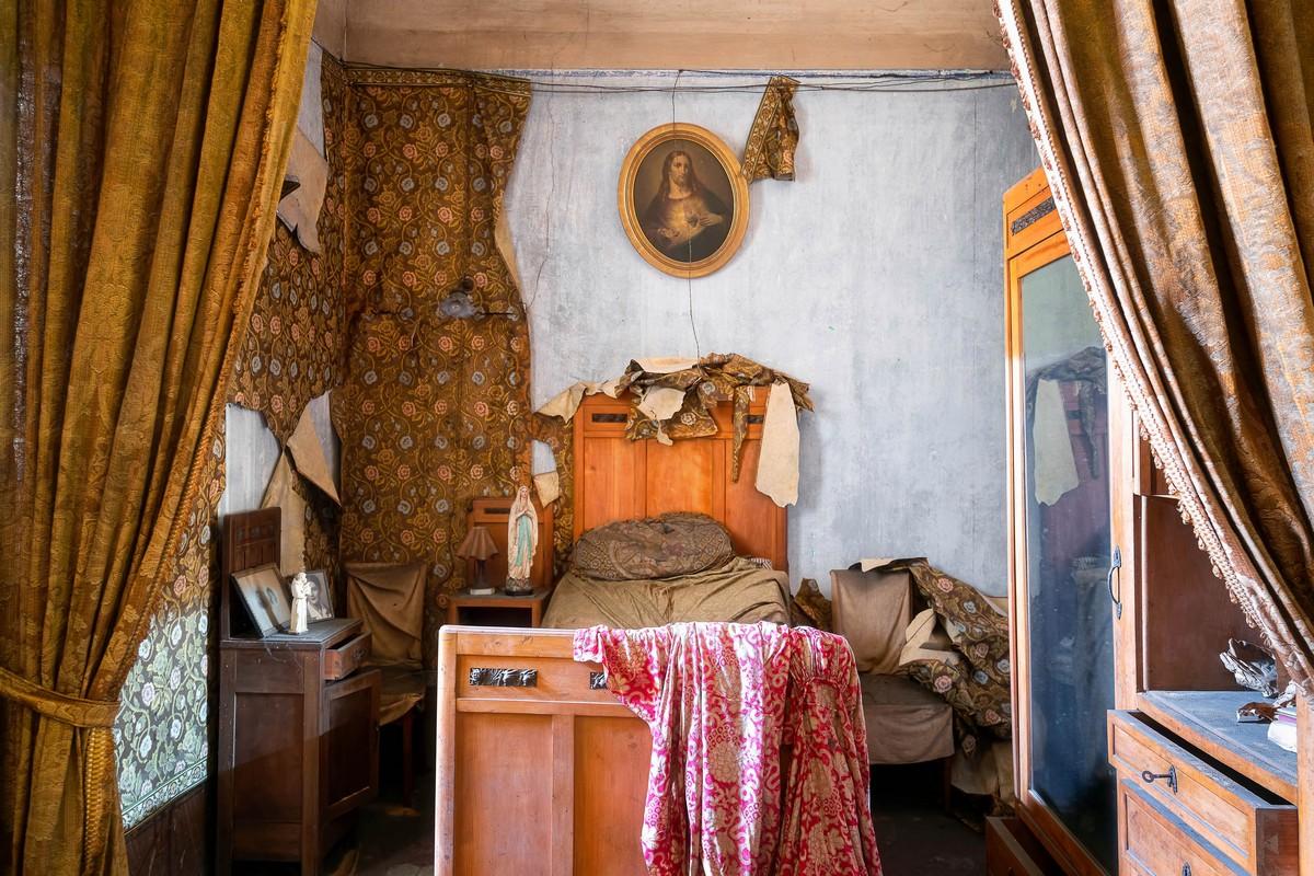 Заброшенная красивая вилла 19 века в Италии