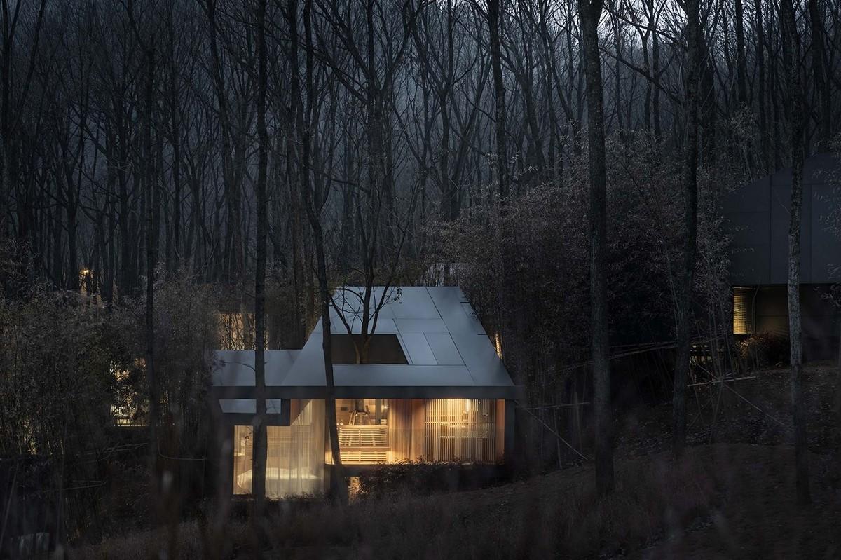 Лечебный курорт в чистом горном лесу Китая