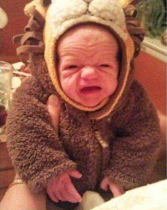 Забавные снимки малышей, которые уже повидали жизнь