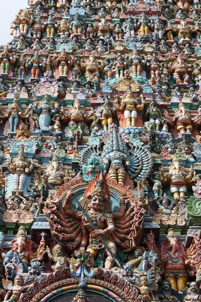 Минакши - древний храм тысяч скульптур