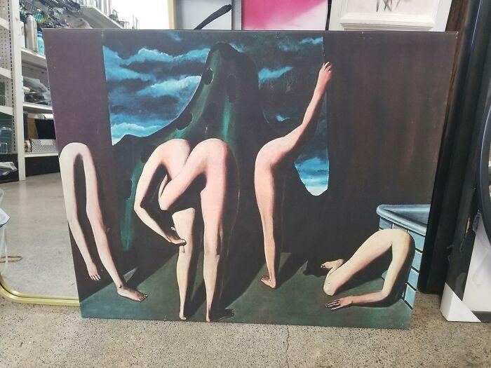 Странные и причудливые картины из магазинов секонд-хенд