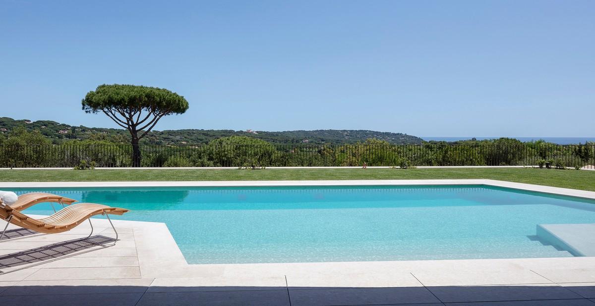 Средиземноморская вилла для загородного отдыха во Франции