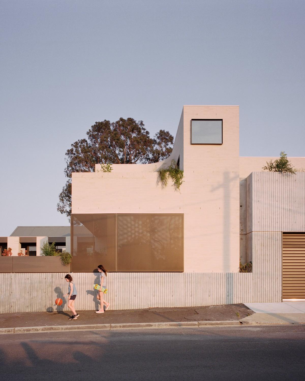 Современный семейный дом в пригороде города Мельбурн