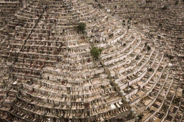 Впечатляющие урбанистические пейзажи, которые завораживают и отталкивают