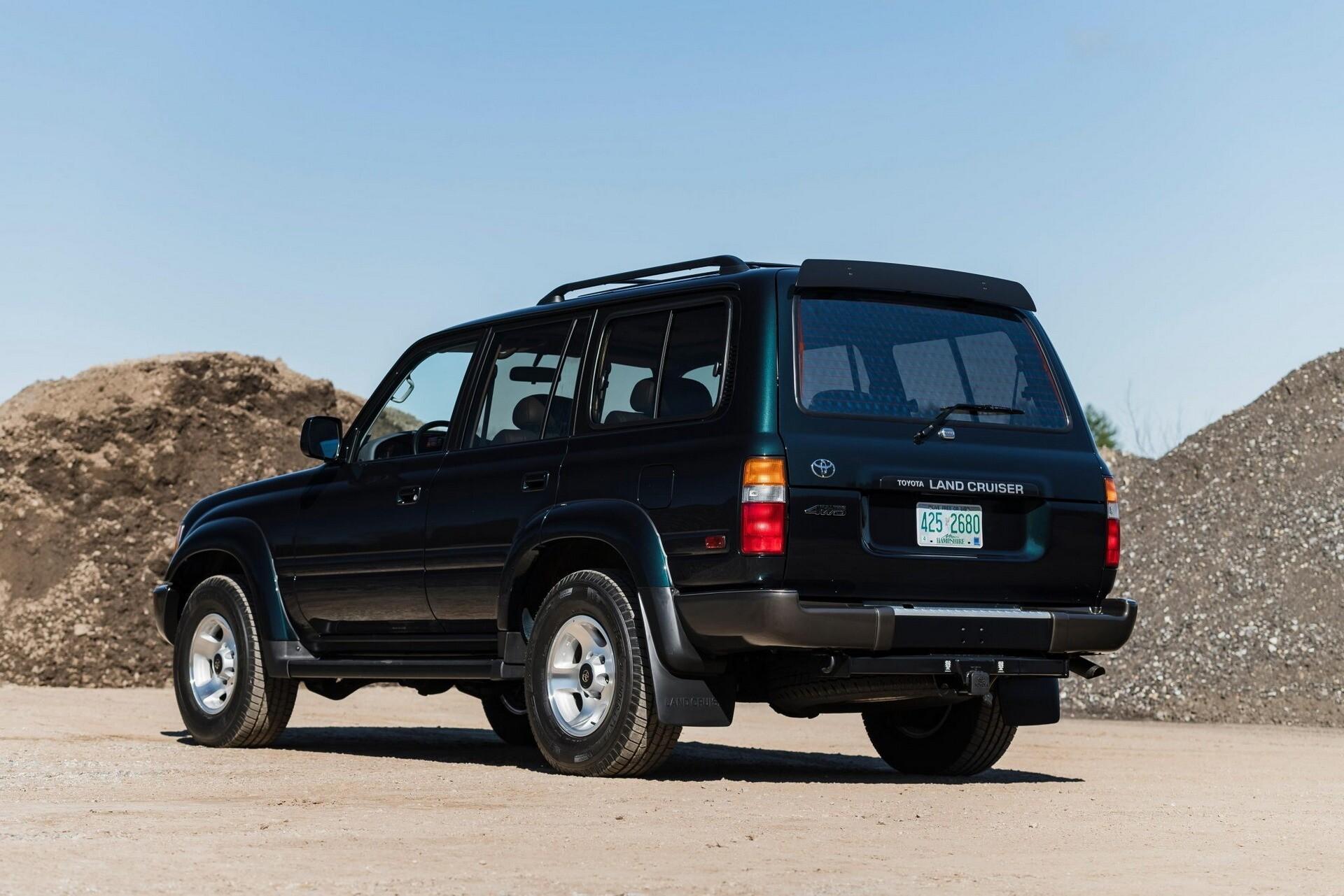 Toyota Land Cruiser 1994 года продан за рекордную сумму
