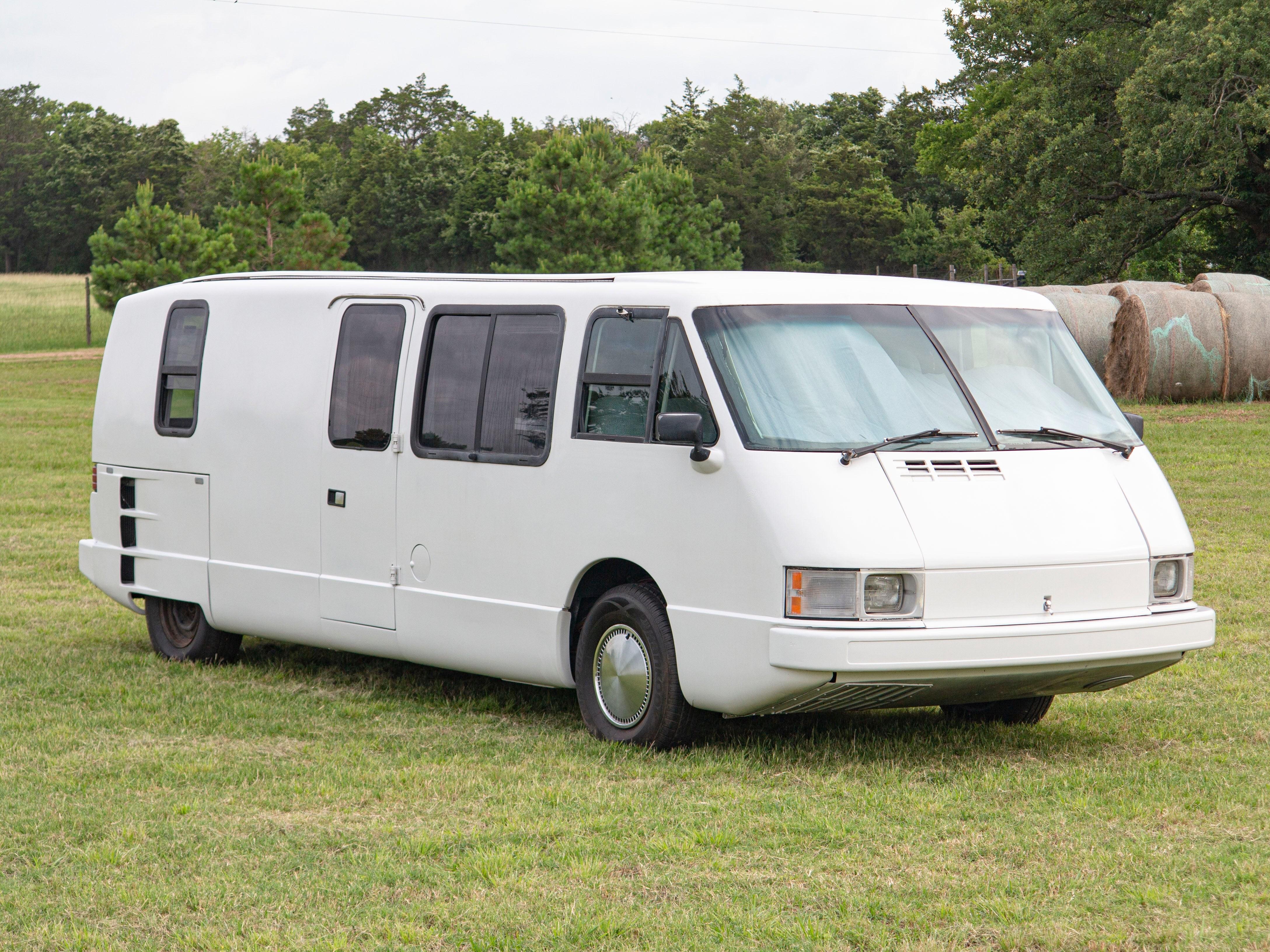 Раритетный аэродинамичный дом на колёсах Vixen TD 21