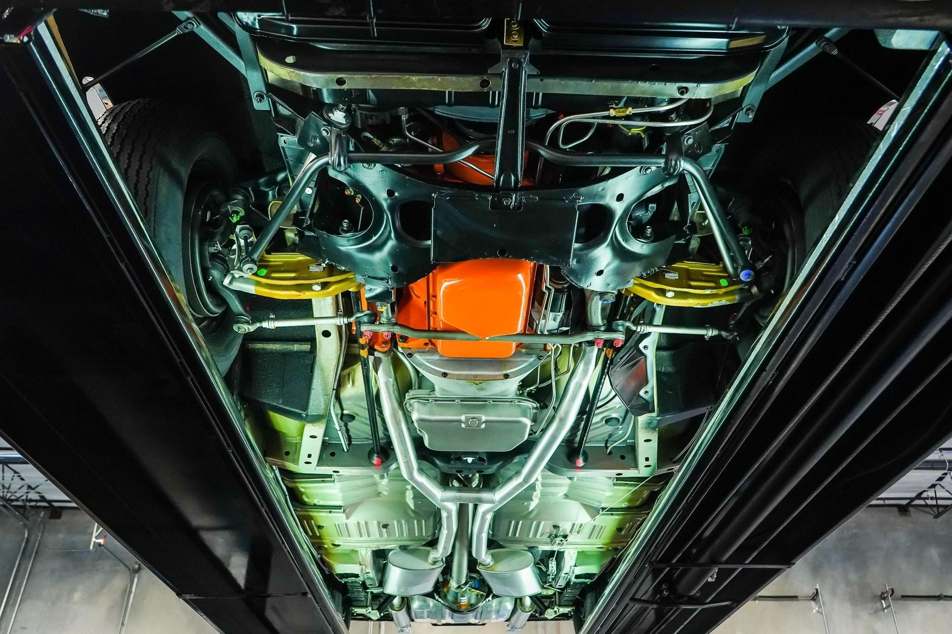 Забытый 53-летний маслкар Dodge Coronet Super Bee