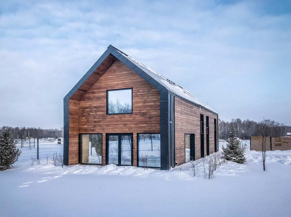 Компактный дом-сарай в Новосибирске