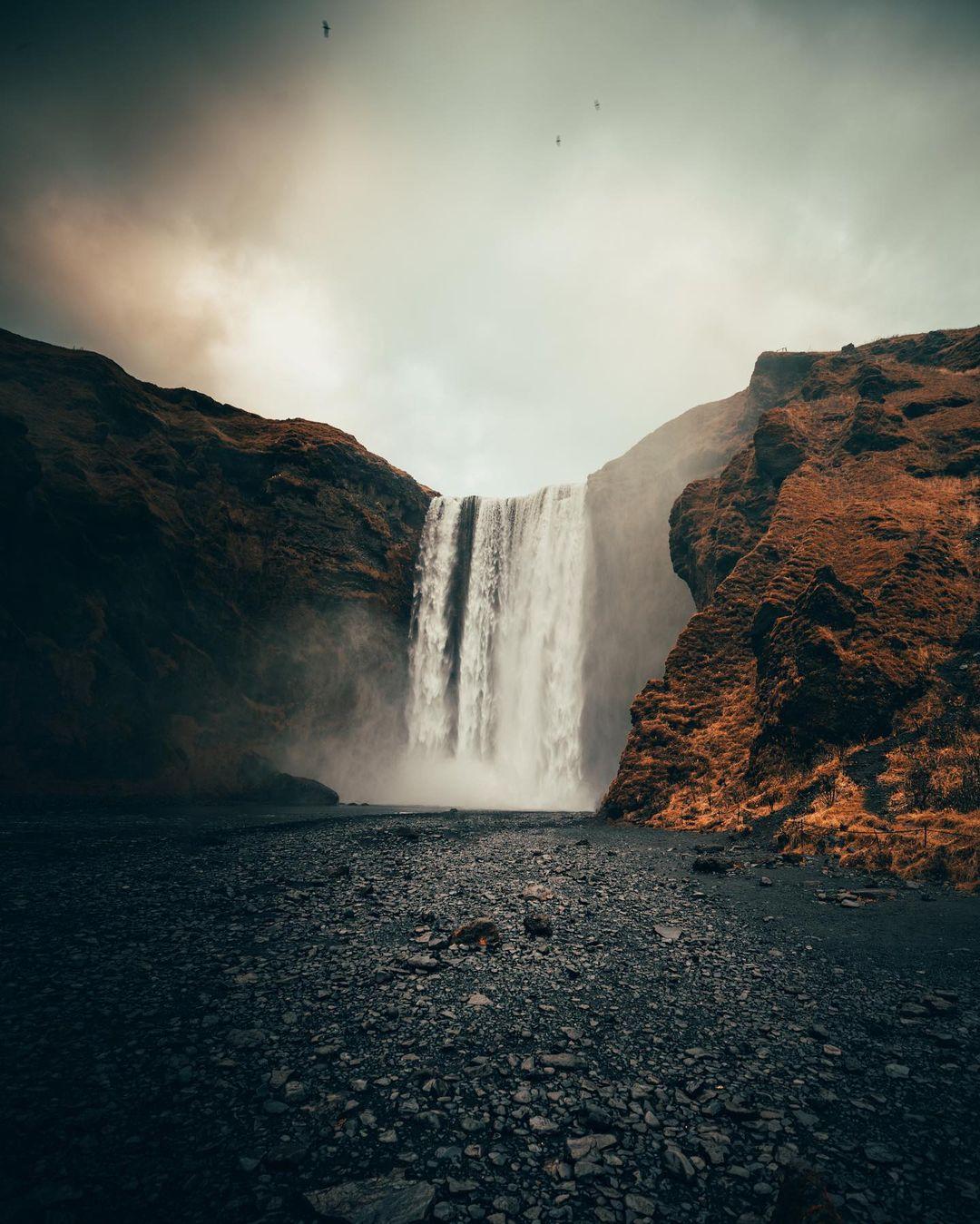 Путешествия и приключения на снимках Питера Маккиннона