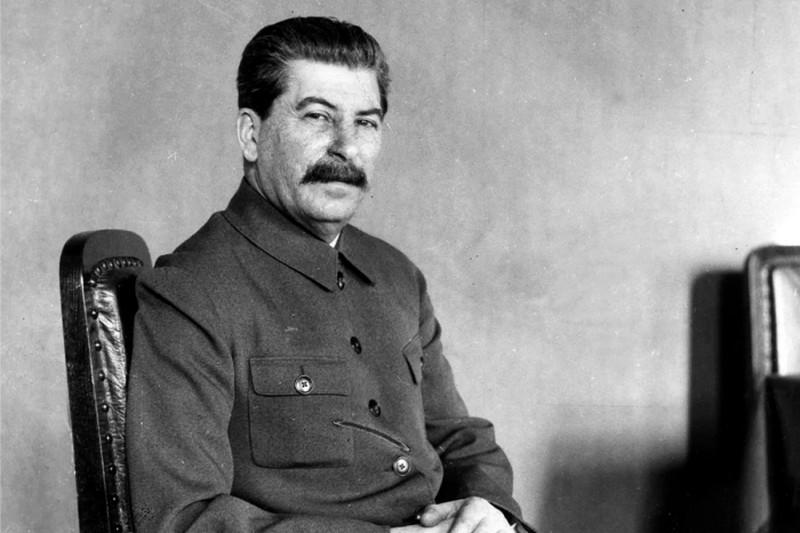 Какой была официальная зарплата вождей Советского Союза
