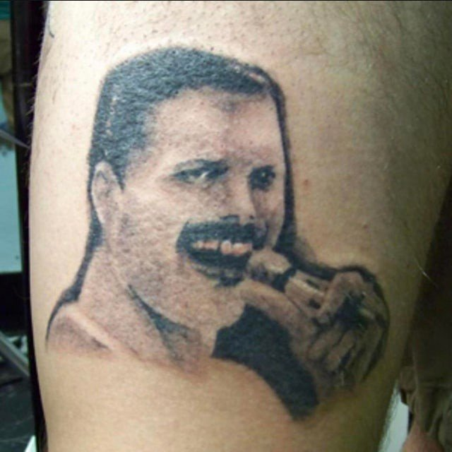 Они сделали татуировку, но горько пожалели об этом