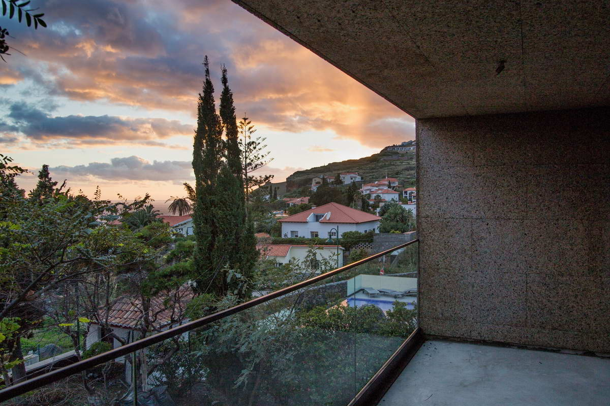 Обновление и расширение дома в Португалии