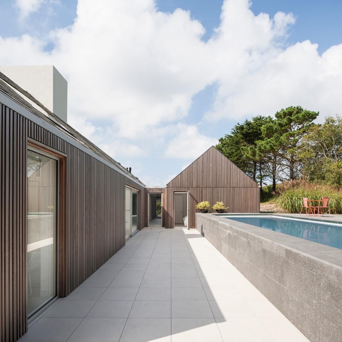 Энергоэффективный семейный дом для отдыха на острове Олдерни