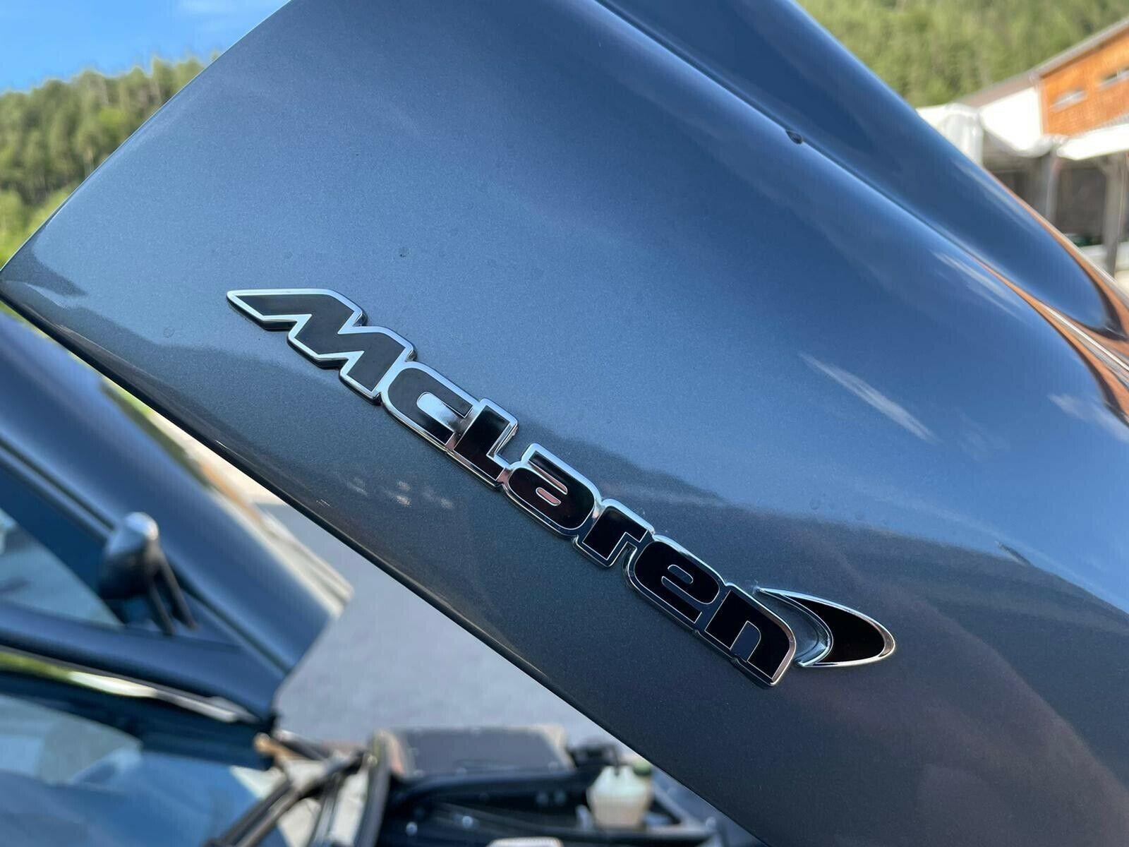 Редкий Mercedes SLR McLaren 722 из Германии