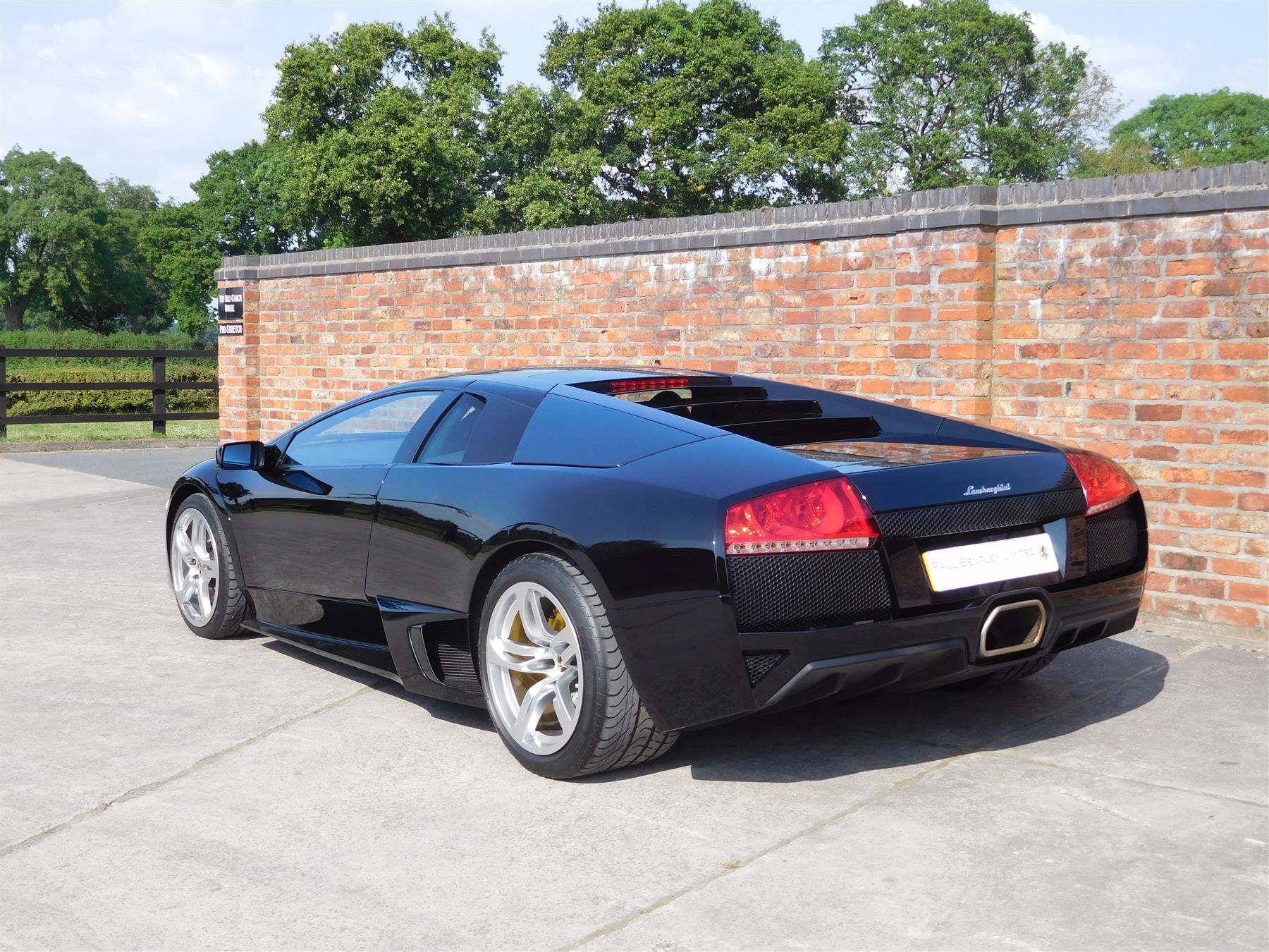 Lamborghini Murcielago с пробегом всего 300 километров