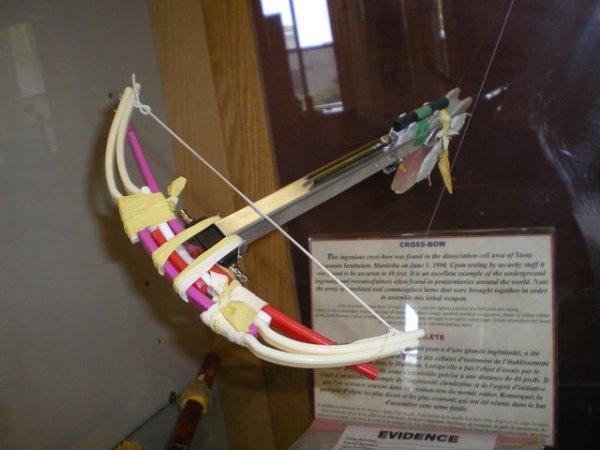 Любопытные штуковины, сделанные руками заключенных