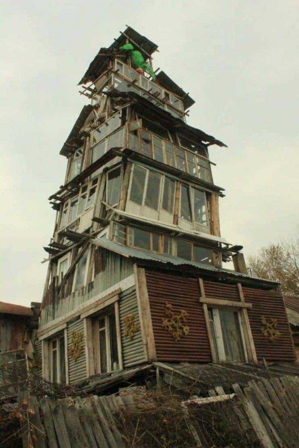 Примеры очень странных архитектурных шедевров