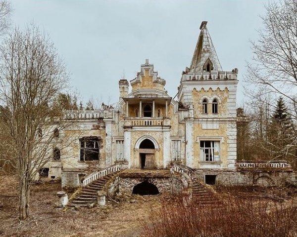 Старинные дачи на снимках российского фотографа Фёдора Савинцева