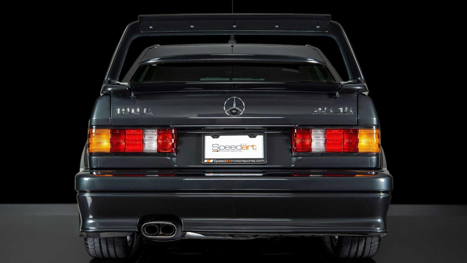 Шикарный Mercedes-Benz 190E 2.5-16 Evolution II 1990 года