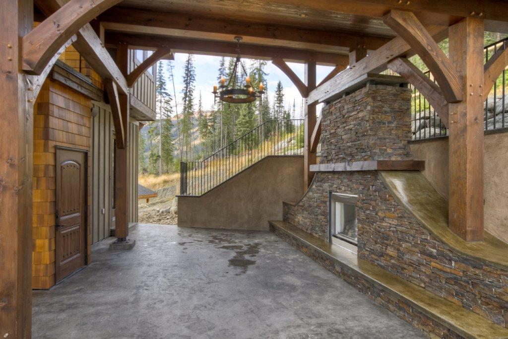 Каркасный деревянный особняк в Канаде