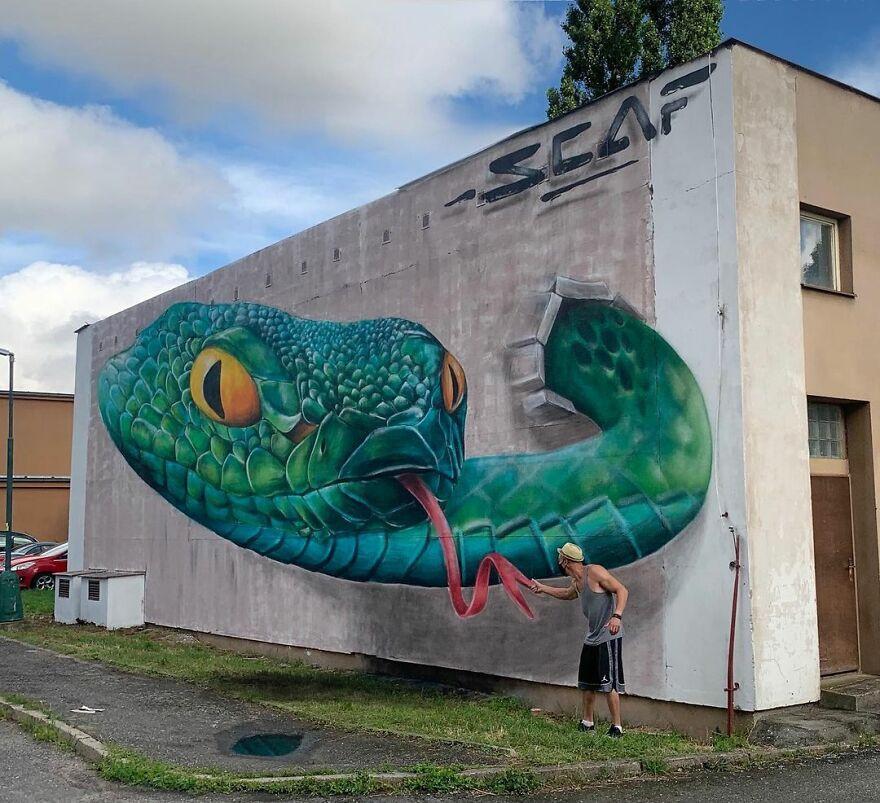 Гиперреалистичные граффити от французского уличного художника SCAF