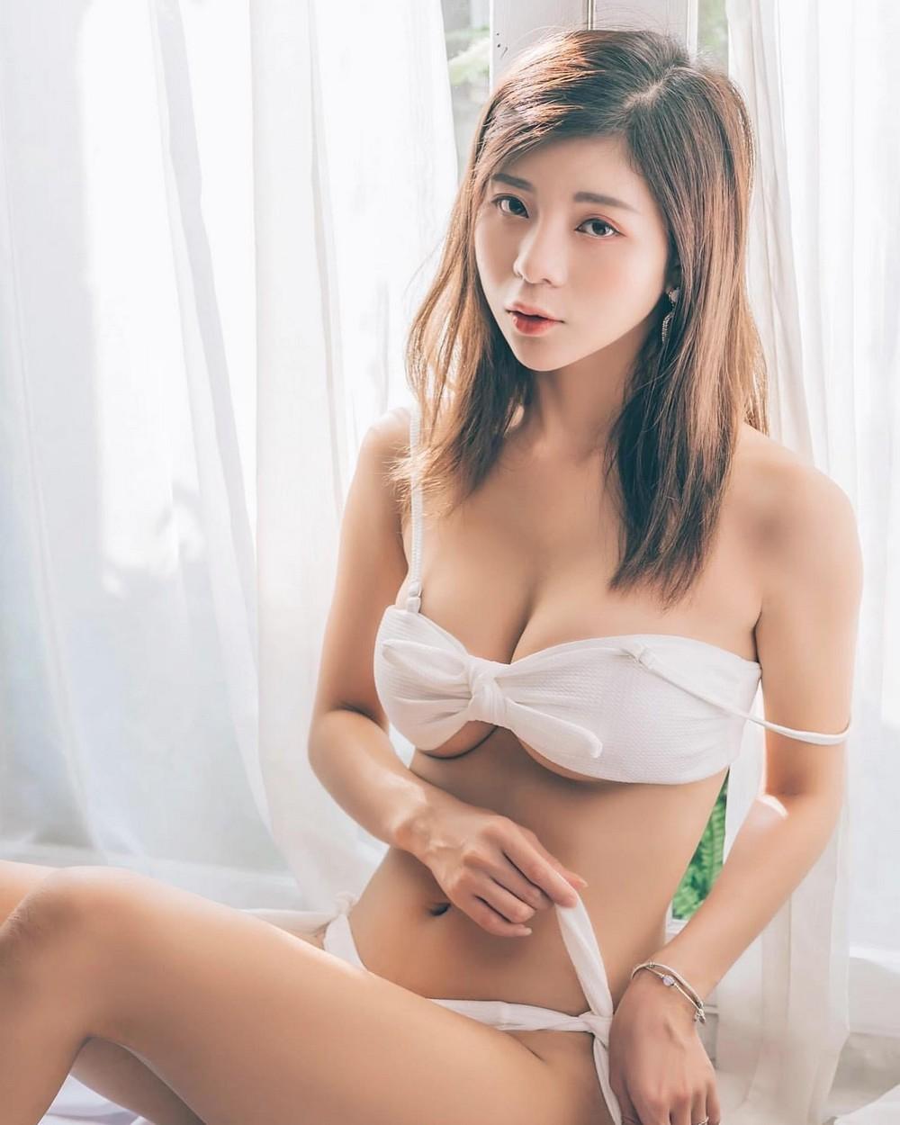 Красивые и сексуальные азиатские девушки